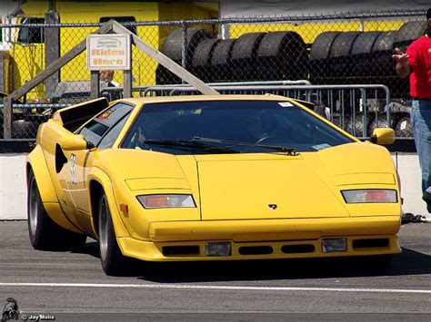 yellow lamborghini countach countach lp500 quattrovalvole lp500qv81 hr image at
