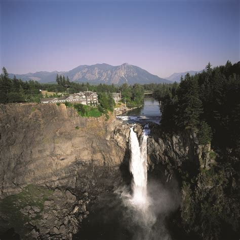 Salish Lodge Gift Card - twin peaks fans can stay at hotel lodge that inspired the great northern in the