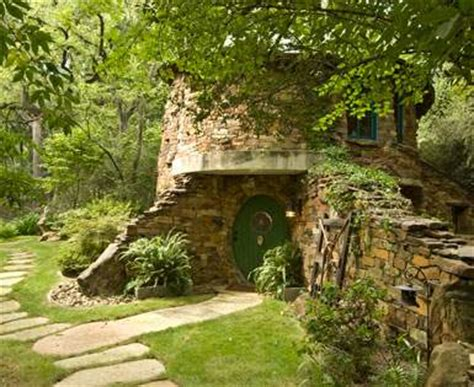 hobbit style homes hobbit house designs inspiring habitats for hobbits