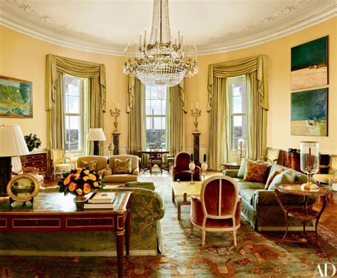 obama white house tour take a tour of obamas luxurious super stylish private