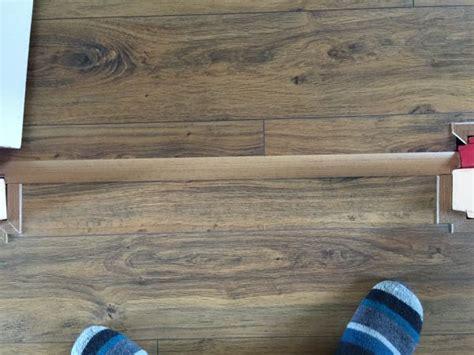 laminaat doorleggen dat is het stuk vd huidige vloer waar naar nog moeten