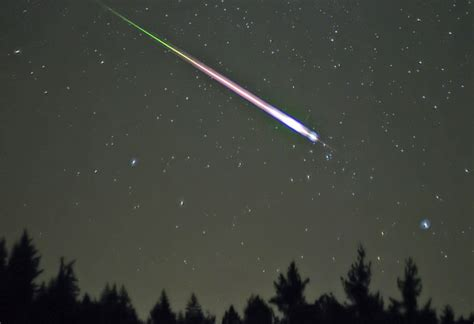 Shower Tonight by The Leonid Meteor Shower Is Tonight And Here S How To It