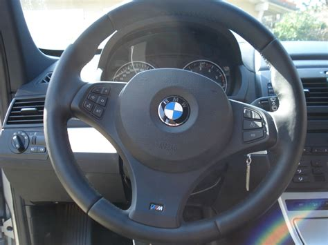 volante bmw x3 mod 232 le de volant x3 option diff 233 rent selon 233 e mod 232 le