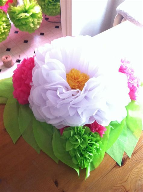tissue paper flower centerpiece table decor pinterest