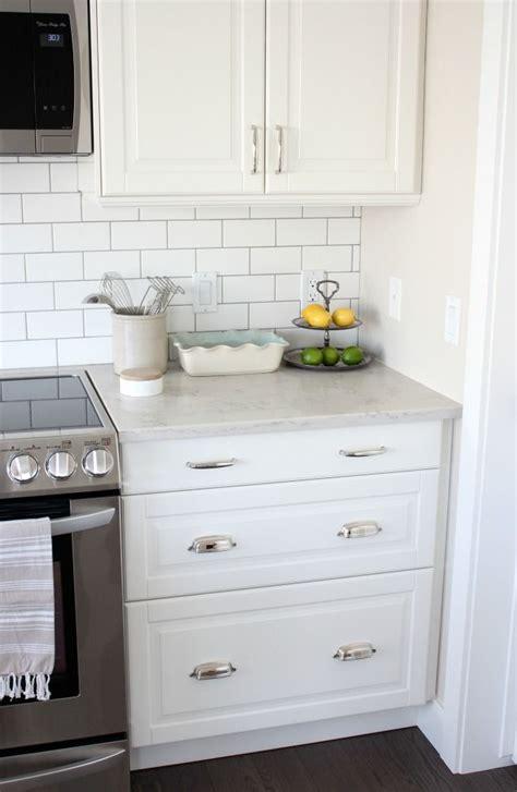 kitchen makeover with white ikea kitchen cabinets subway
