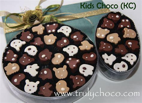 Polka Coklat Lebaran Isi 3 grosir coklat lebaran trulychoco handmade chocolate