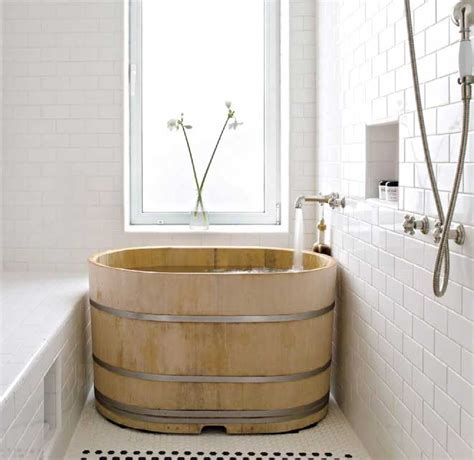 wooden japanese soaking tubs for small bathrooms