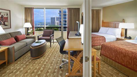 two bedroom suites waikiki oahu one two bedroom suites embassy suites waikiki