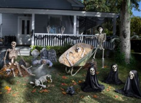 haunted backyard ideas halloween party ideas for kids adults halloween