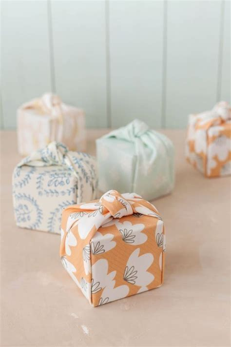 japanese gift wrap 25 best japanese gift wrapping ideas on pinterest gift
