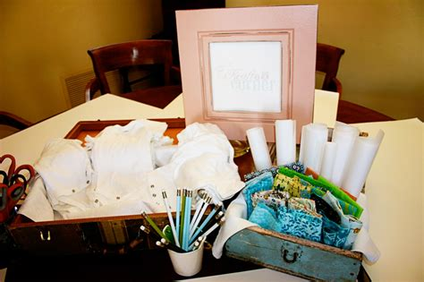 Onesie Decorating Ideas by I Pears Decorating Onesies During Baby Shower