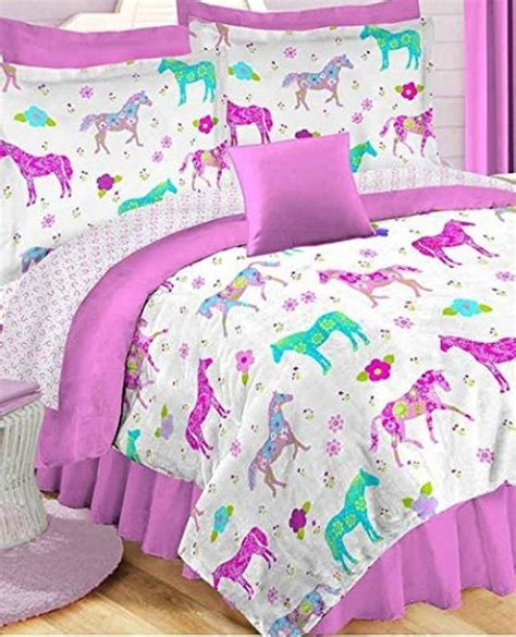girl horse bedding best 25 horse bedding ideas on pinterest horse rooms girls horse bedrooms and