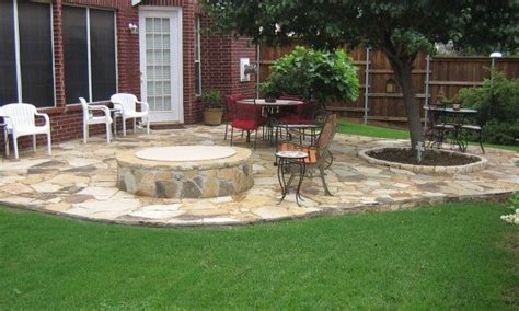 stone patio ideas backyard best 25 stone patios ideas on pinterest paving stone patio stone walkway and patio