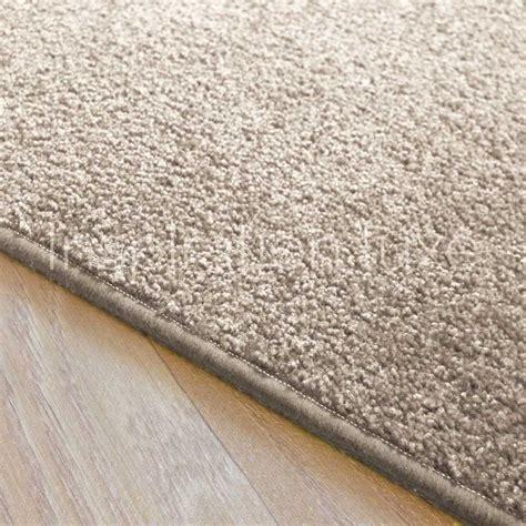 Tapis Rectangulaire Beige tapis sur mesure beige clair rectangulaire ou carr 233 fin