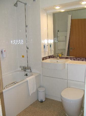 premier bathrooms reviews premier inn glasgow east kilbride central hotel updated