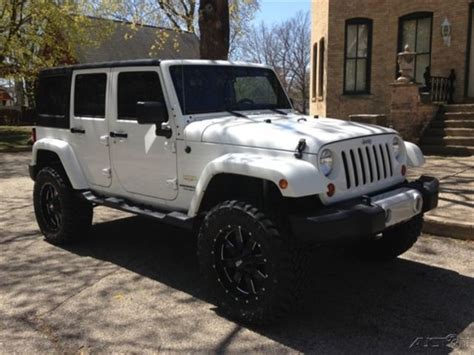 jeep white with black rims white jeep wrangler unlimited black rims imgkid com