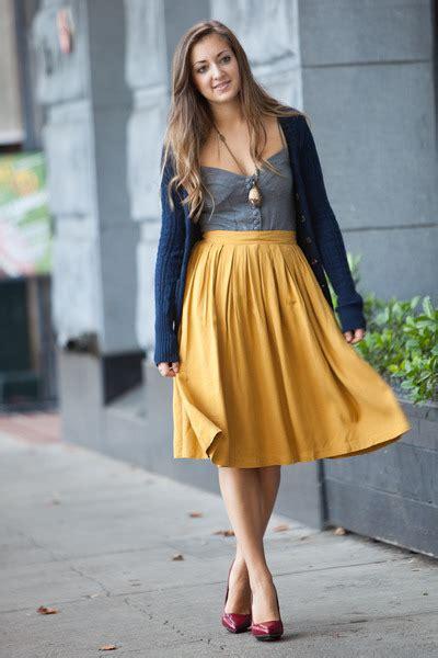 mustard color skirt spread some mustard vezilka