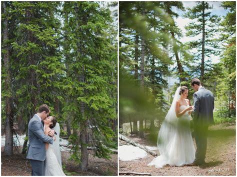 timber ridge wedding photography with dogs lindsay hunter timber ridge lodge keystone colorado