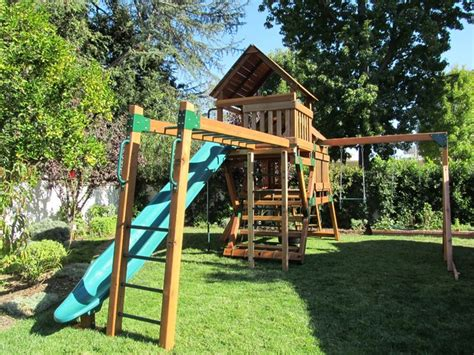 Refurbished Redwood Play Set Traditional Kids Playsets And