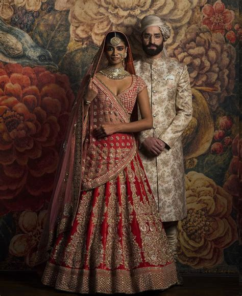 Indian Wedding Dresses Couple Collection Photo Gallery (22