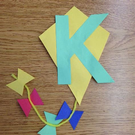 kite craft for 25 best ideas about letter k kite on letter k