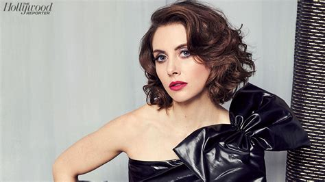 alison brie actress alison brie at the comedy actress roundtable hollywood