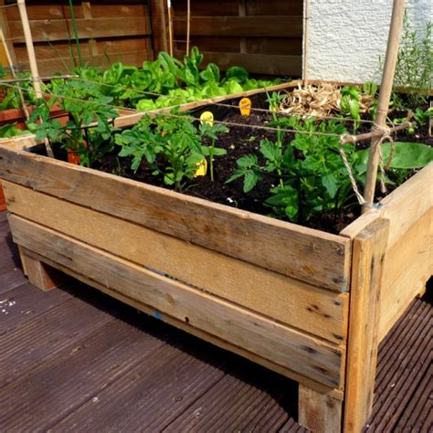 Container Gardening Diy Planter Box From Pallets How To Make A Vegetable Garden Box