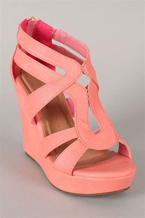 coral colored sandals lindy 3 strappy open toe wedge summer shoes sandals