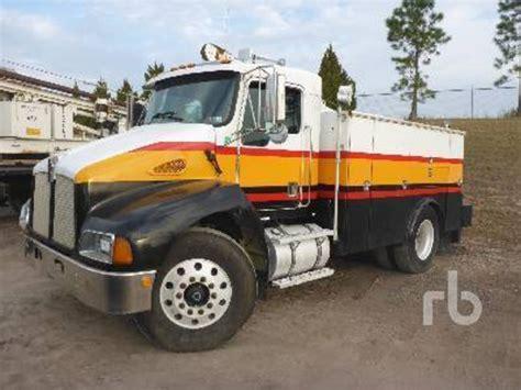 kenworth customer service kenworth service trucks utility trucks mechanic trucks