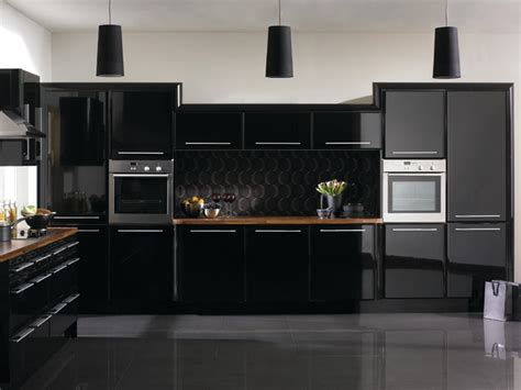 complete base and wall cabinets with high gloss doors and