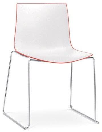 catifa stuhl arper catifa 46 stuhl zweifarbig mit kufengestell