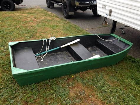 jon boat vancouver 8 foot flat bottom boat outside nanaimo nanaimo