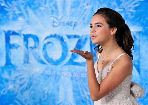 frozen film premiere frozen heats up disney s earnings fortune