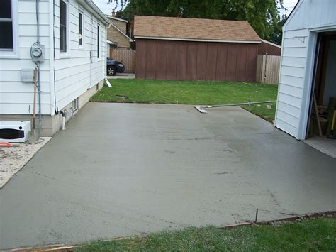 Pour Your Own Concrete Patio by Diy Concrete Slab 3 Financial Excellence