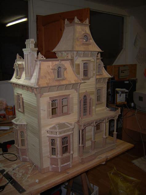 beacon hill finished   dollhouse  greenleaf miniature community