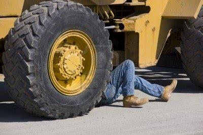heavy equipment mechanic clock s ticking it s