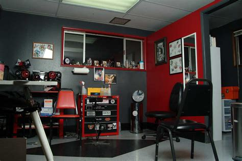 tattoo shops in portland adorn shop gomylocal 9217 sw