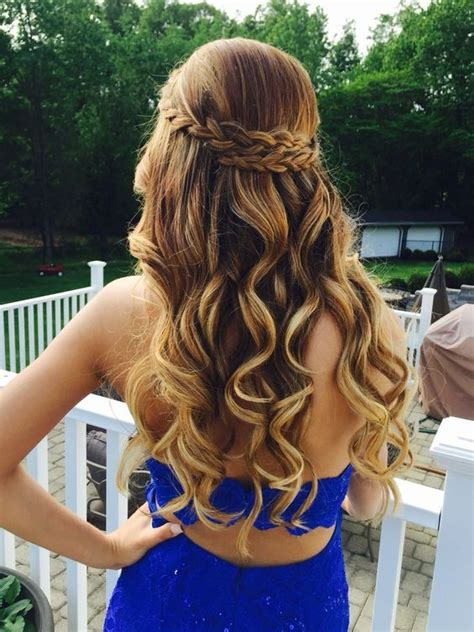 homecoming hairstyle 21 gorgeous homecoming hairstyles for all hair lengths