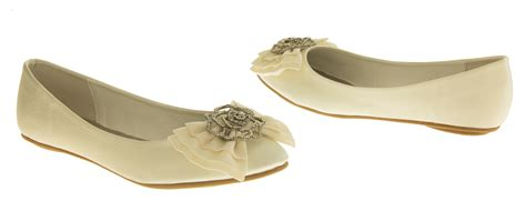 flat shoes for bridesmaids ivory dolly shoes flat ballerina bridal pumps