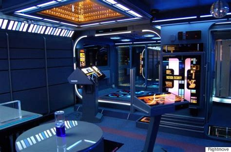trek reality room netdragon websoft s headquarters are an the top tribute to trek