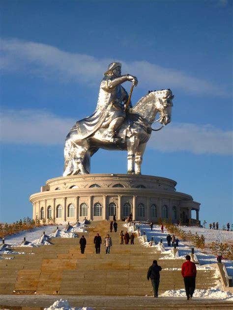 genghis khan equestrian statue wikipedia genghis khan equestrian statue mongolia genghiskhan