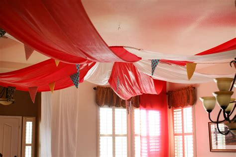 circus theme decor confessions of a new home owner ideas and