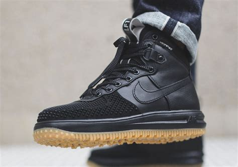 nike lunar 1 duckboot black kicks links