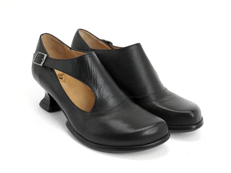 fluevog shoes fluevog shoes shop gracias black