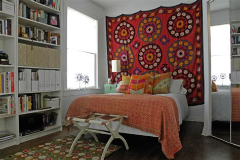 how to hang a tapestry in a room great look how did you hang the tapestry