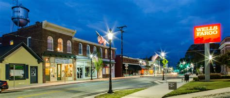 charming town charming virginia small town main streets small country