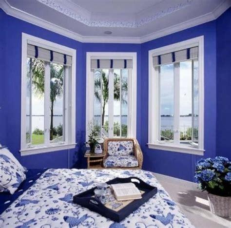 cat rumah biru putih minimalis  wallpaper