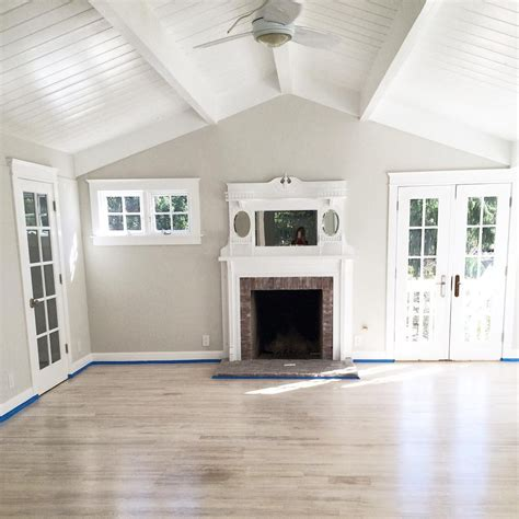 dunn edwards colors the walls are painted muslin by dunn edwards paint