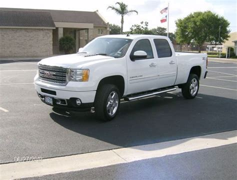 2013 gmc 2500 for sale sell used 2013 gmc denali 2500 crew cab 4wd vortec 6 0