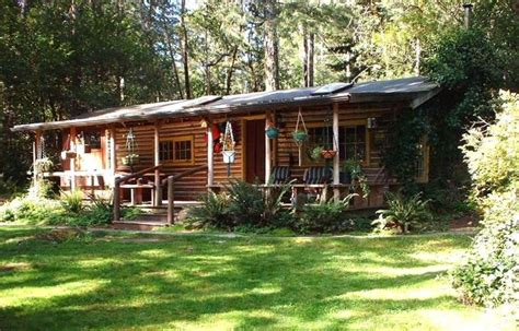 Beautiful Cabin Rentals Vacation Rental Beautiful Log Cabin On Bank Vrbo